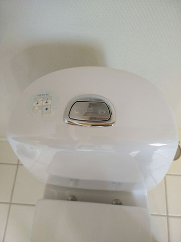 Toilet løber cisterne