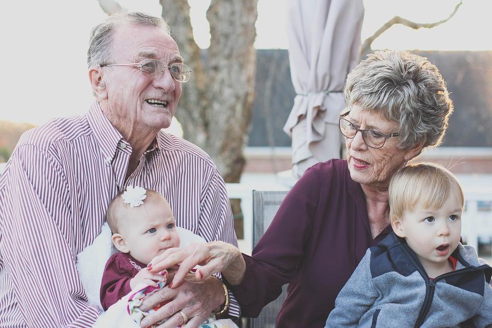 Giv den perfekte gave til bedsteforældrene