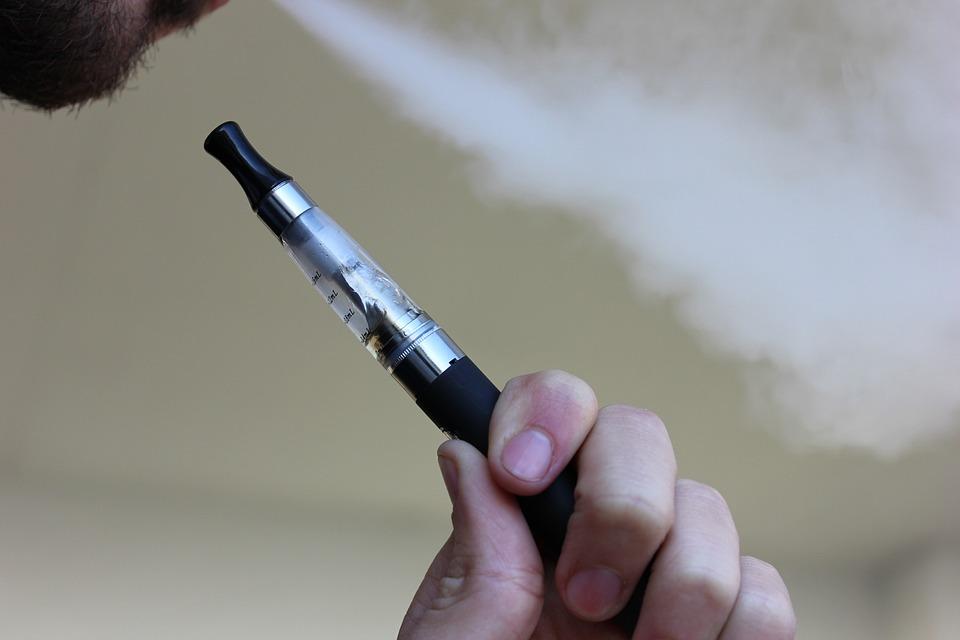 Få et bedre indeklima – skift dine cigaretter ud med e-cigaretter!
