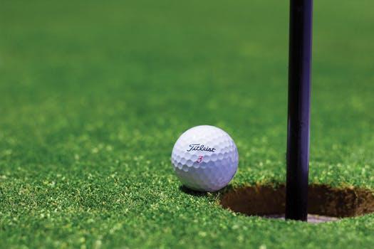 Udstyr til golfbanen