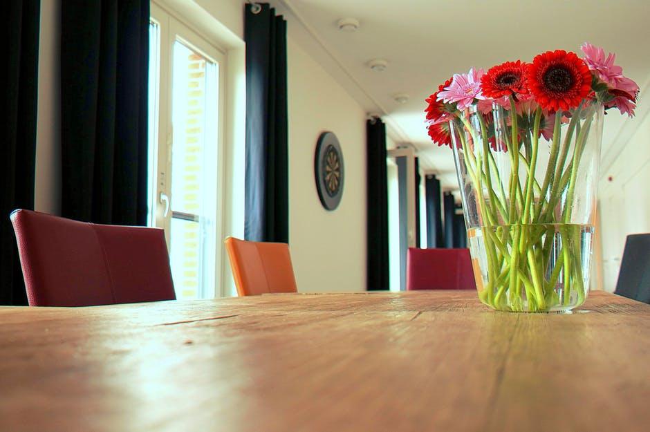 Sådan vælger du de rette gardiner til din bolig