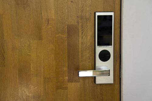 Hvad er et elektronisk låsesystem, og hvorfor er det smart?
